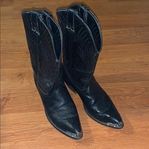Pre loved Laredo leather cowboy boots